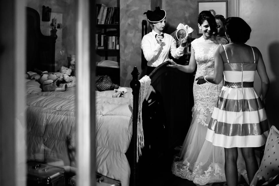 fotografo preparativi della sposa