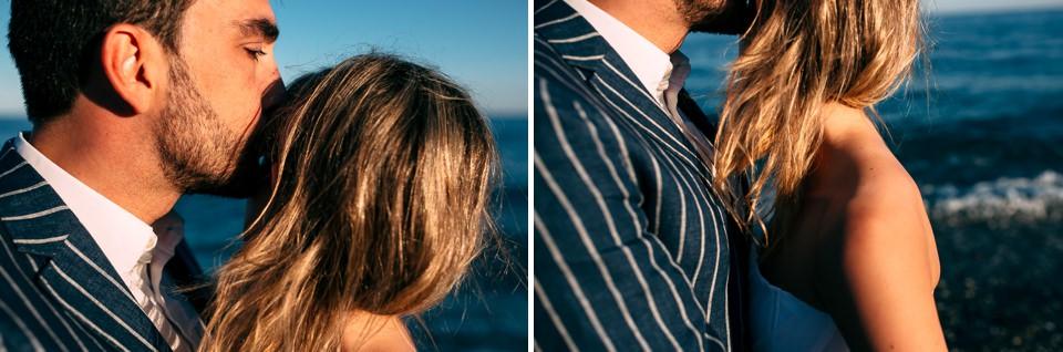 elegante sposa bionda al mare