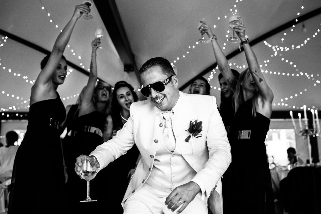 sposo che balla
