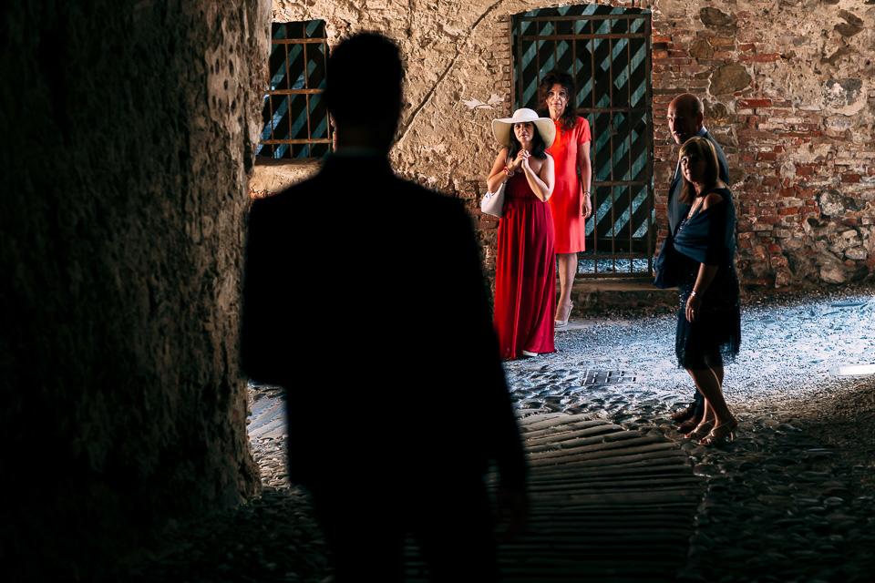 lo sposo arriva alla fortezza del priamar