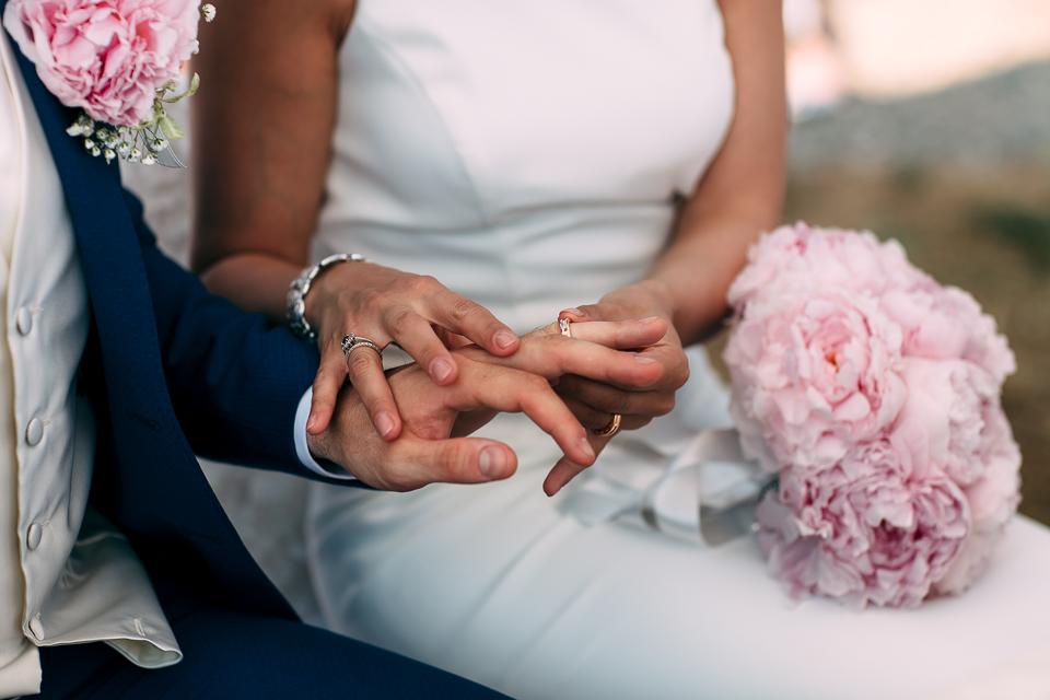 scambio degli anelli matrimonio civile alla fortezza del priamar di savona