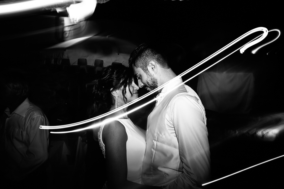the first dance wedding a paradiso di manu location on the sea