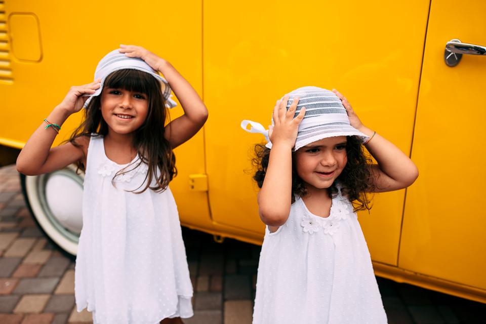 bambine matrimonio volswagen giallo