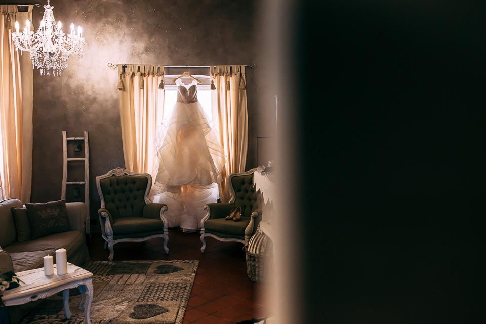 elegante abito sa sposa bianco ego atelier sposi di Savona