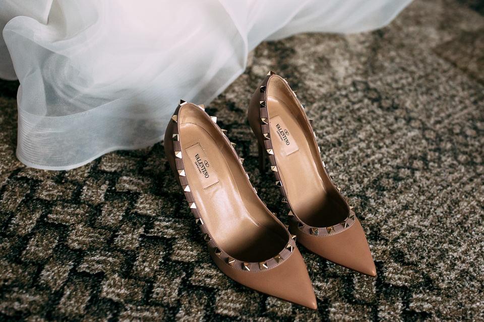 preziose scarpe da sposa beige Valentino
