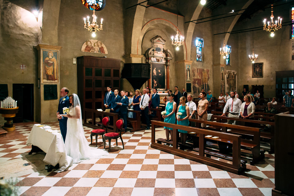 Protestant wedding ceremony in Sirmione on Lake Garda