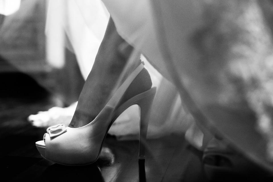 scarpe bianche per la sposa