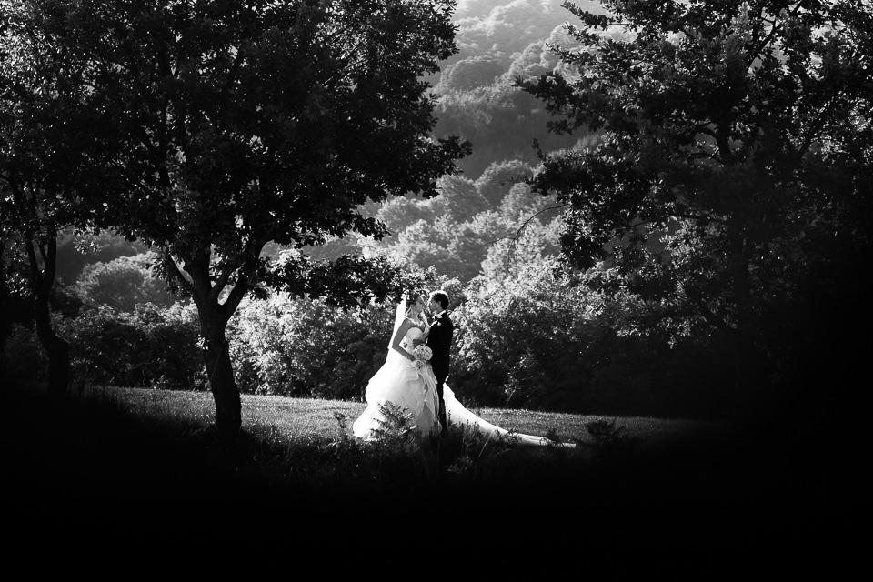 fotografia in bianco e nero di matrimonio