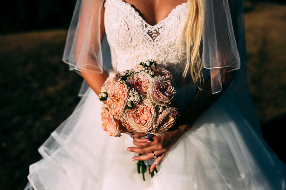 bouquet da sposa in stile country chic