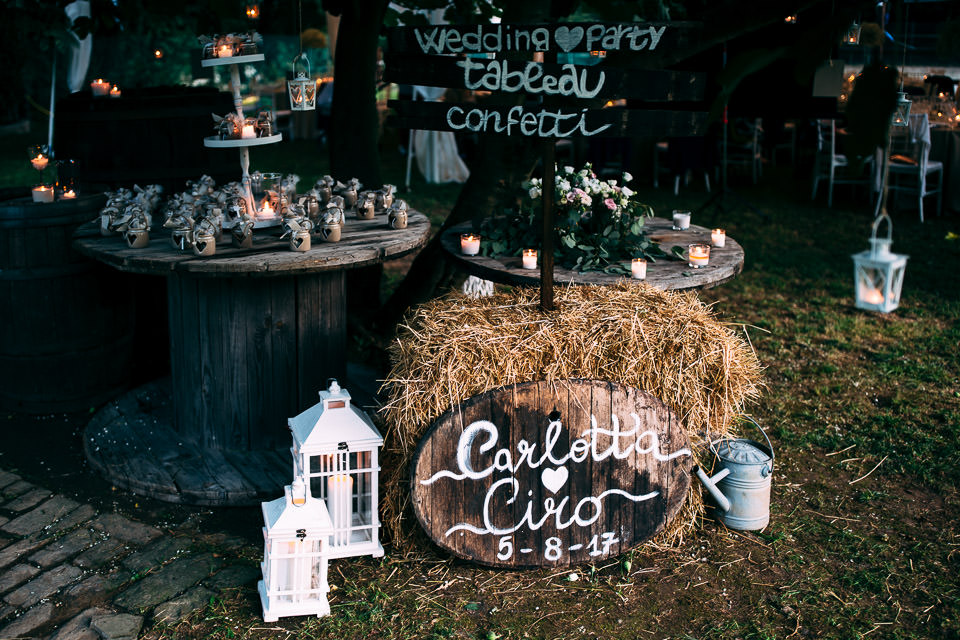 Matrimonio Country Chic Firenze : Suggestive country chic wedding in the family ranch
