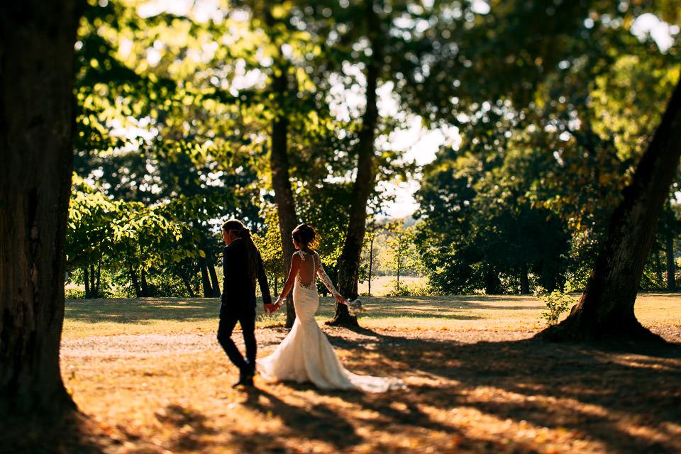 ritratti di coppia nel parco di villa Scati