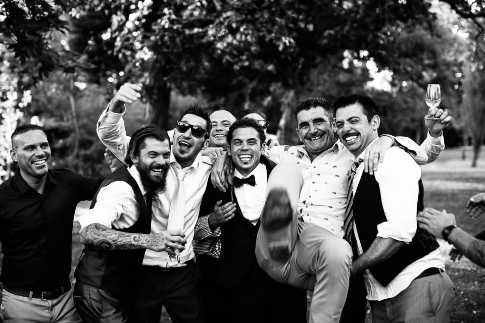 foto di gruppo matrimonio villa Scati acqui terme