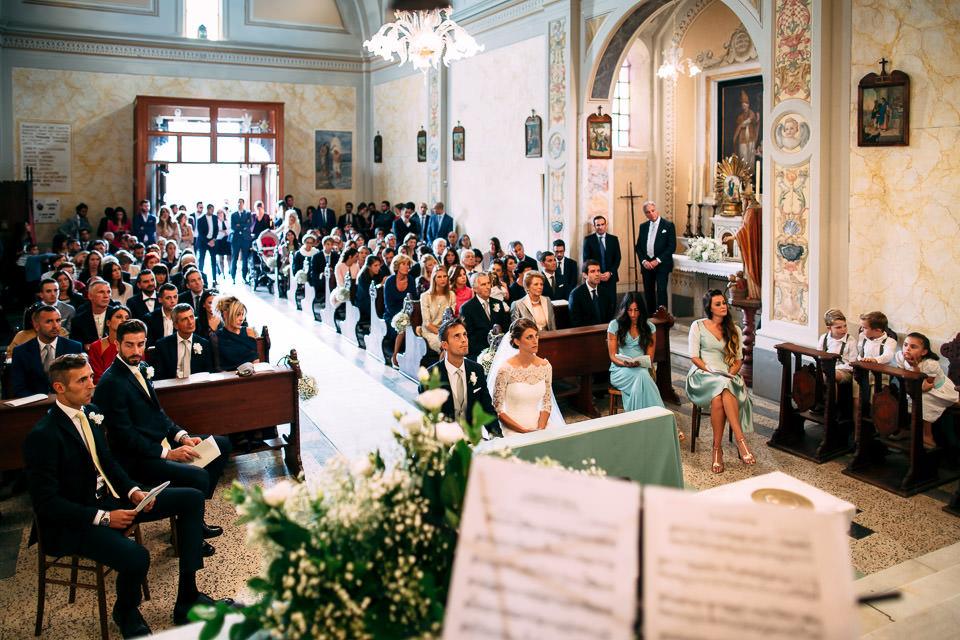 foto panoramica in chiesa