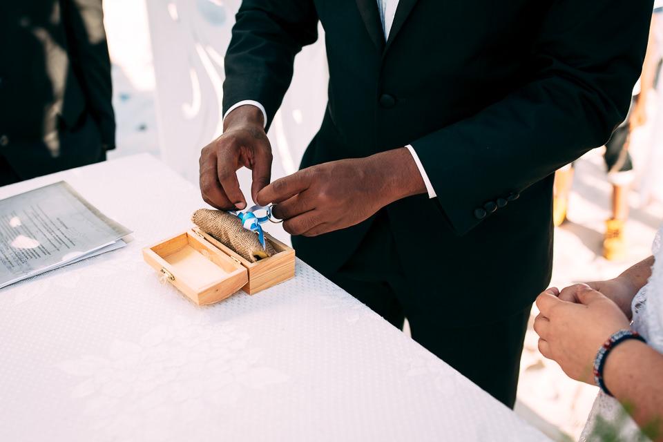 cerimonia civile di matrimonio in spiaggia