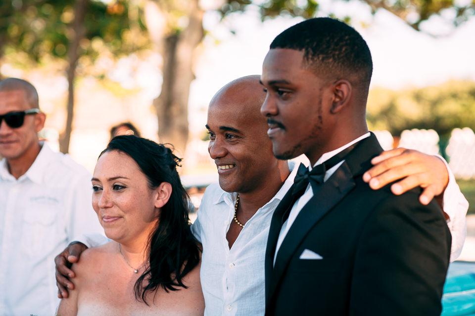 foto familiar casamiento cuba noviembre boda en la playa