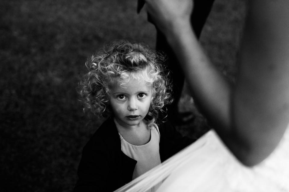 bambina ad un matrimonio a la ginestra