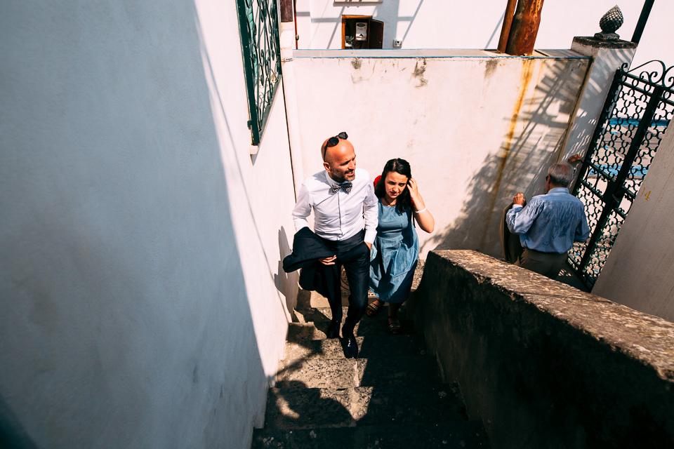uno sposo in abito dolce & gabbana a Positano costiera amalfitana