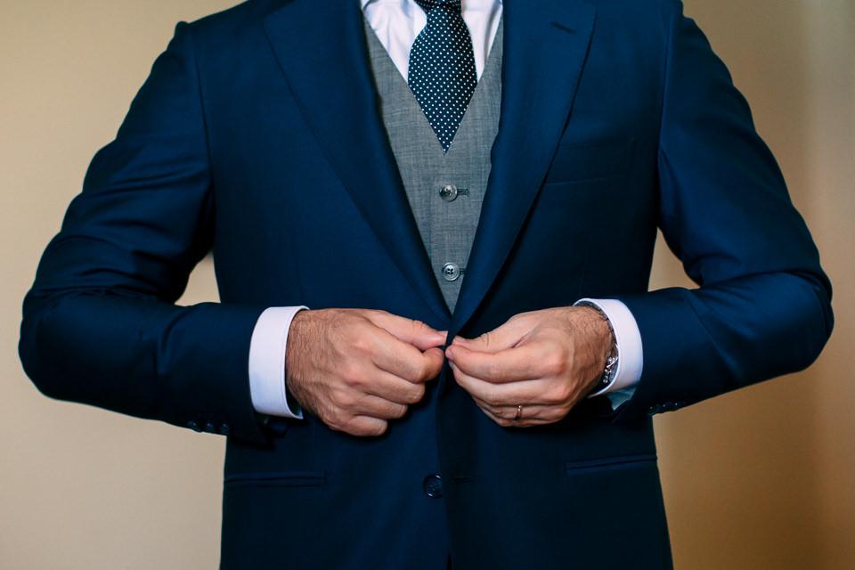 abito da sposo blu a spotorno