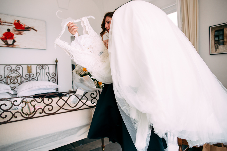 lussuoso abito bianco da sposa dell'atelier le spose di milano