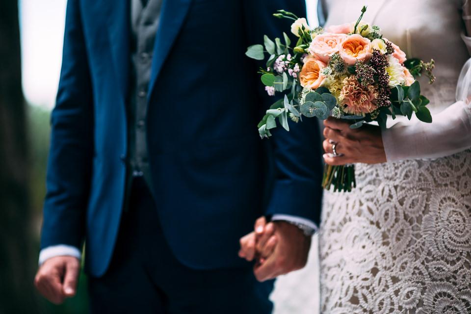 bouquet sposa in fiori colorato di sara cattaneo lab floral designer