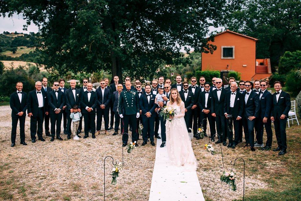 foto di gruppo matrimonio relais ciavatta
