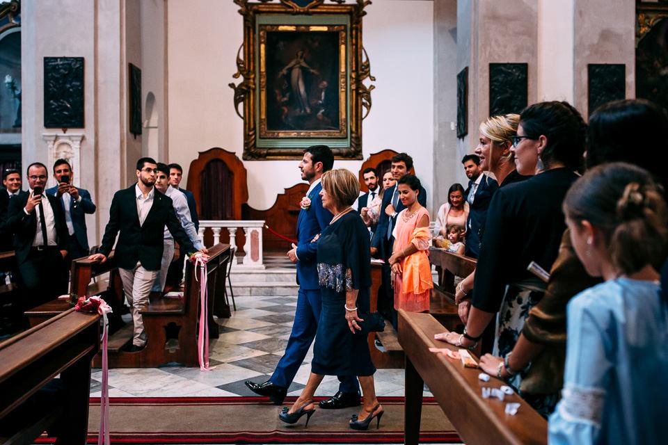 ingresso in chiesa dello sposo