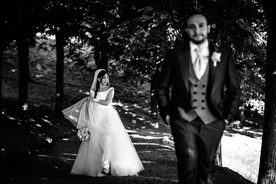 coppia di sposi nel bosco a tagliolo monferrato